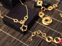 珠宝街教你如何选择适合自己星座的黄金饰品