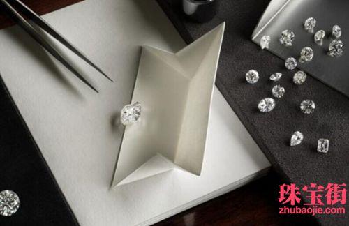 De Beers和Alrosa颁发第一季度钻石产量陈诉