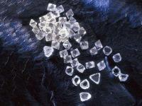 区分常见的假钻石
