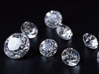 2017年全球钻石珠宝消费需求量达到了创纪录的820亿美元 同比增长2%