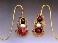 早期的耳环并非用来装饰美观 你知道吗?